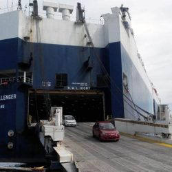 Cars-going-in-the-RoRo-Vessel